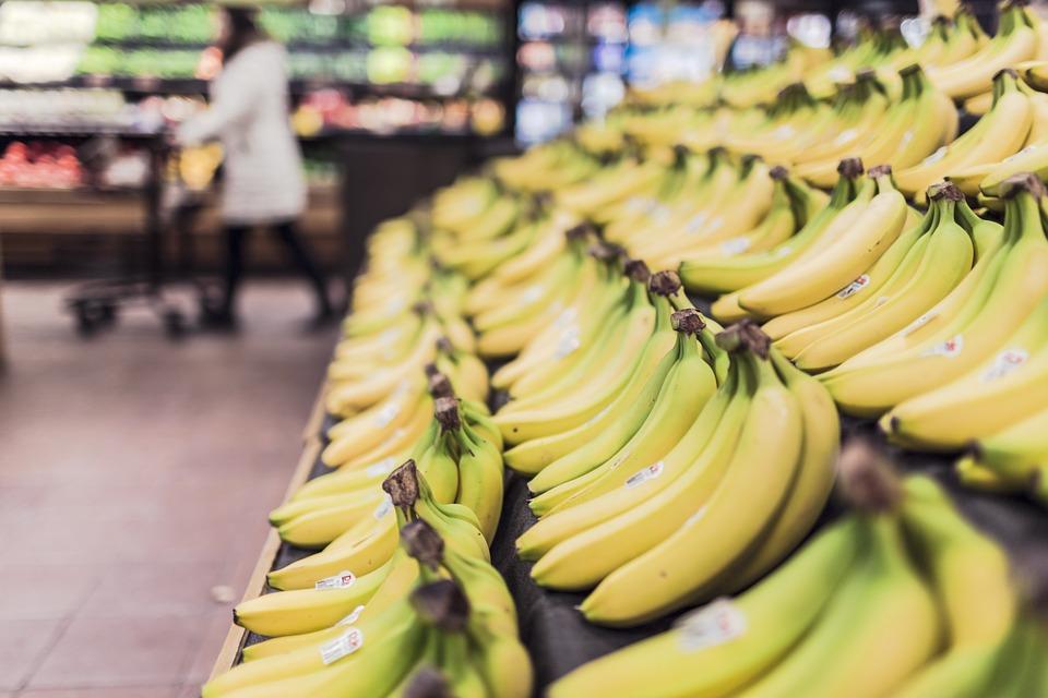 バナナはうさぎに与えていけないNGな果物!糖質量と危険性